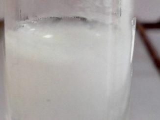 Précipité blanc obtenu lors du tests de reconnaissance des ions chlorure