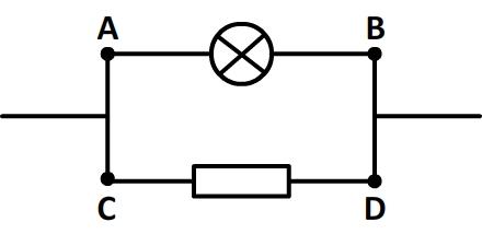 Unicité de la tension aux bornes de deux dipôles branchés en dérivation